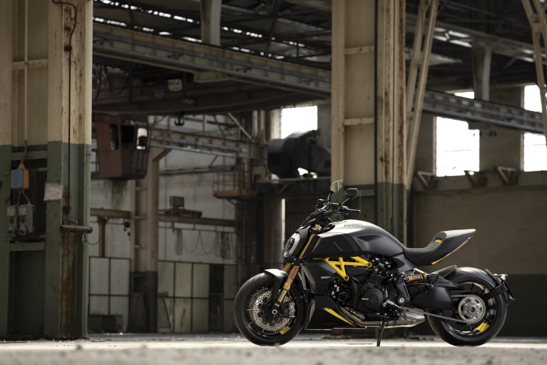 MY22_Ducati_Diavel_1260_S _2__UC294023_High