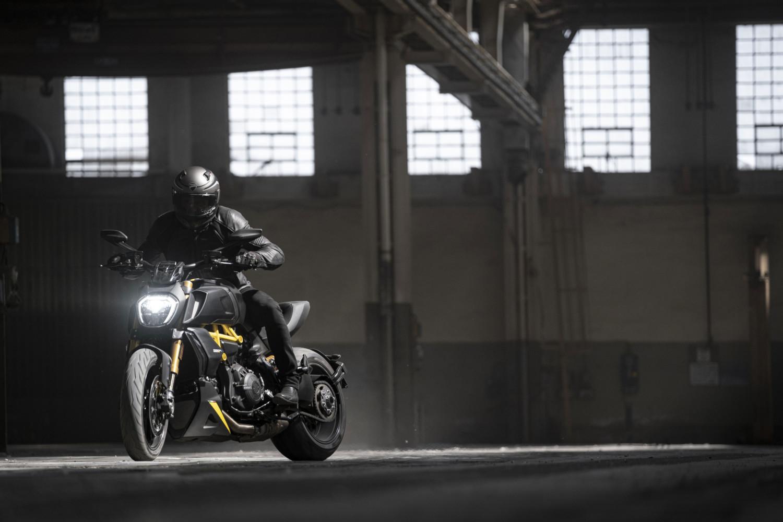 MY22_Ducati_Diavel_1260_S _4__UC294030_High