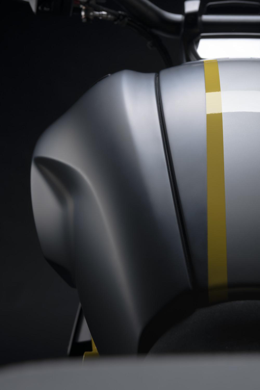 MY22_Ducati_Diavel_1260_S_01 _31__UC293408_High