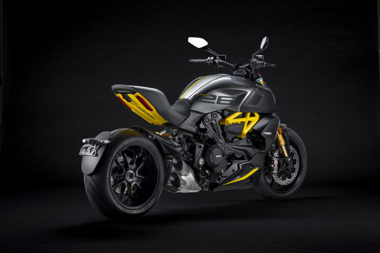 MY22_Ducati_Diavel_1260_S_01 _5__UC293433_High